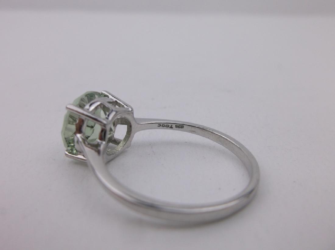 Stunning Sterling Silver Peridot Ring 10 - 2