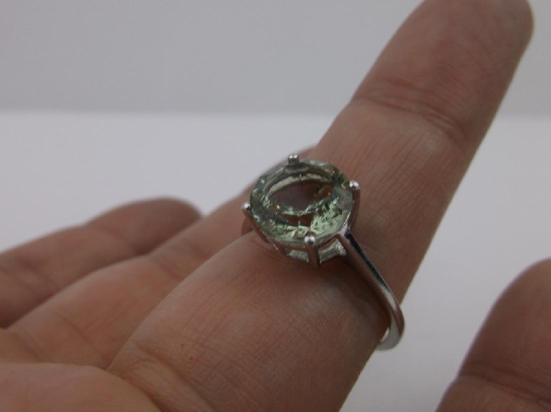 Stunning Sterling Silver Peridot Ring 10 - 3