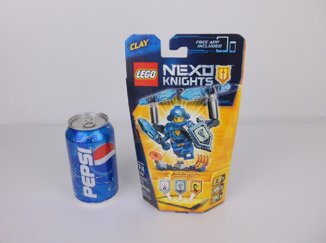New Lego Nexo Knights Clay Minifigure Set