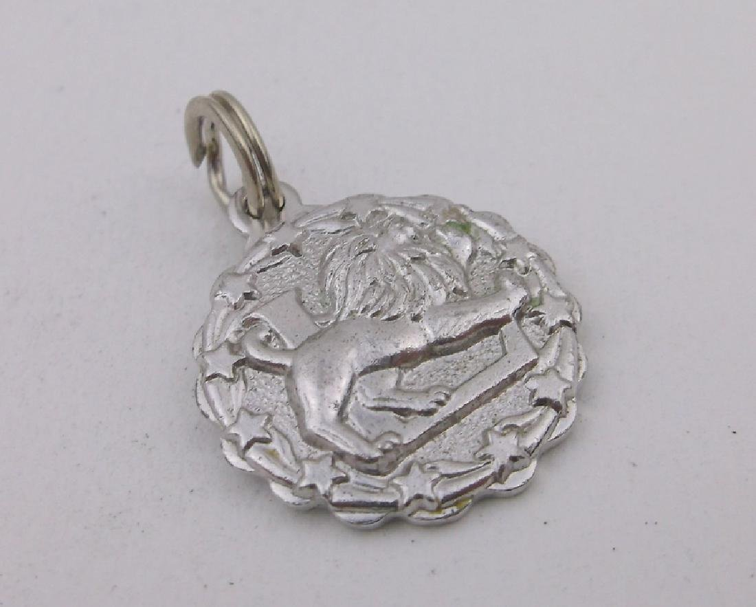 Stunning Vint Sterling Silver Lion Charm