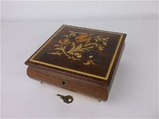 Stunning Vint Reuge Italy Inlayed Music Box