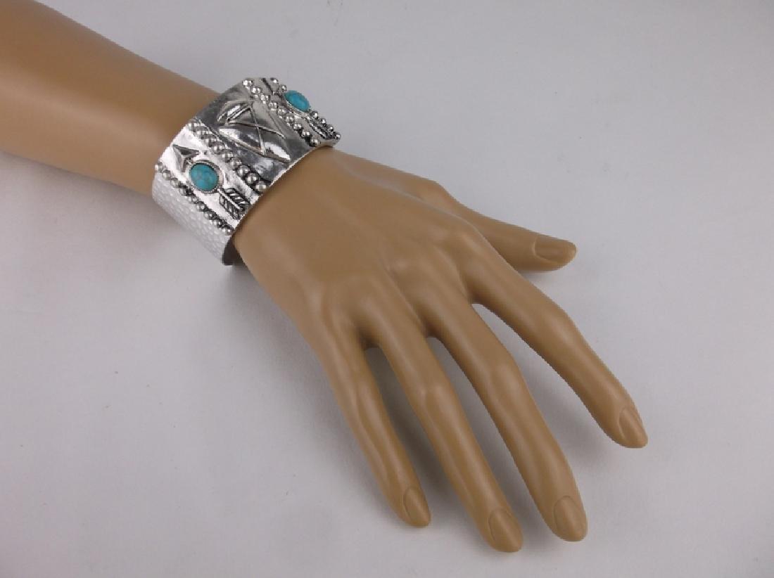 Southwestern Turquoise Arrowhead Cuff Bracelet Stunning - 3