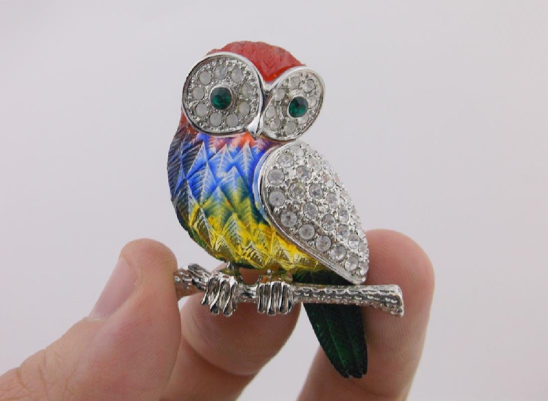 Incredible Rhinestone Owl Brooch