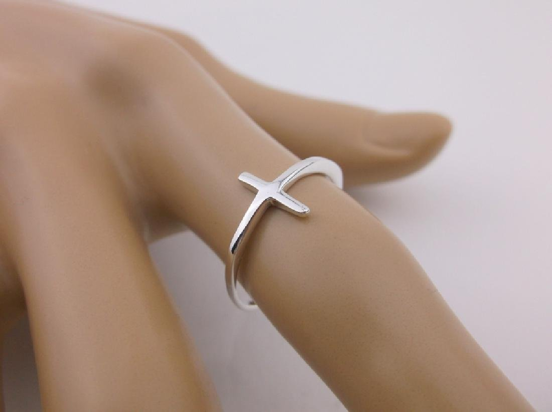 Stunning Sterling Silver Simple Cross Ring 7
