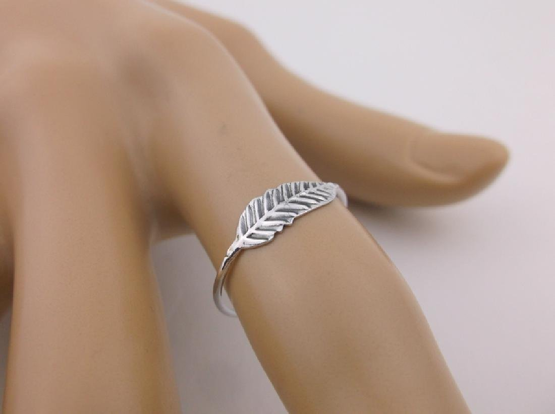 Stunning Sterling Silver Simple Feather Ring 7