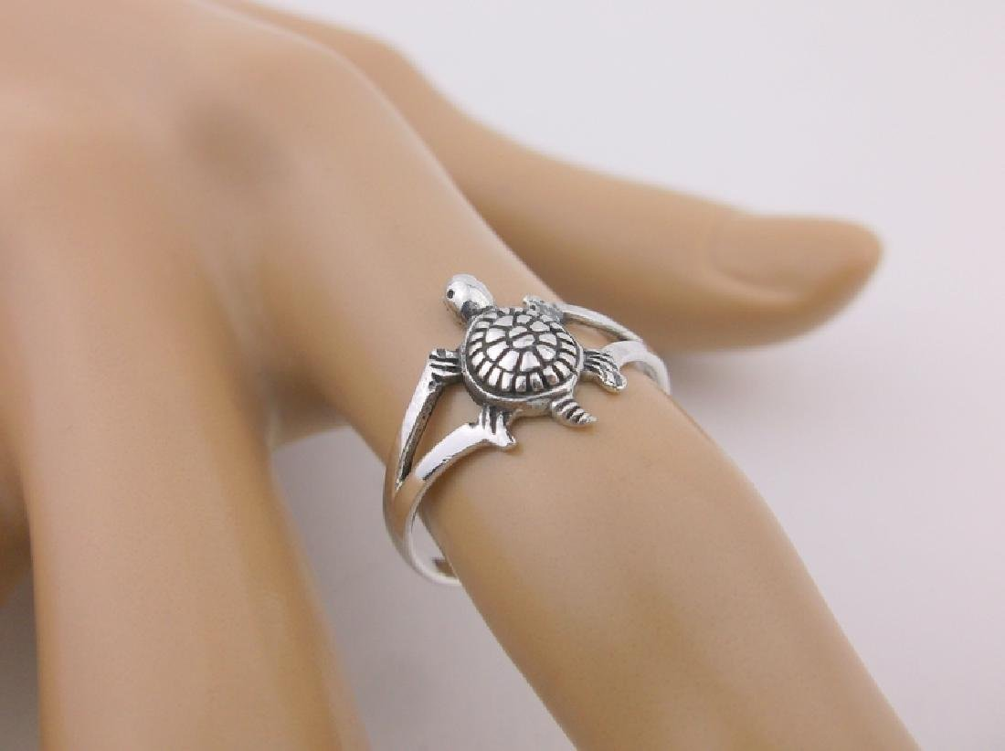 Stunning Sterling Silver Turtle Ring 7