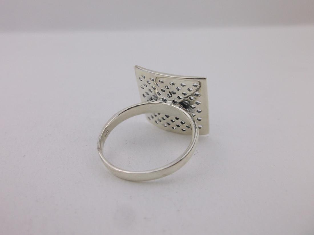 Stunning Sterling Silver Mesh Top Ring 10 Large - 2