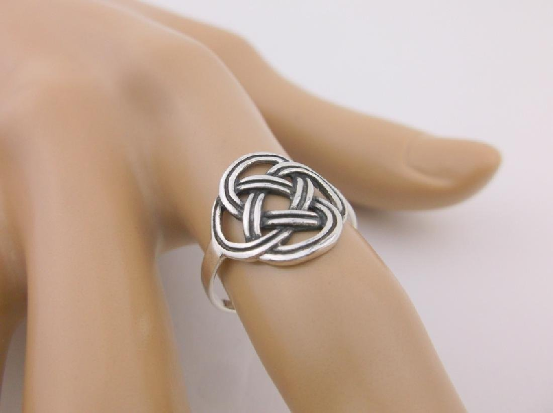 Stunning Sterling Silver Keltic Weave Ring 7