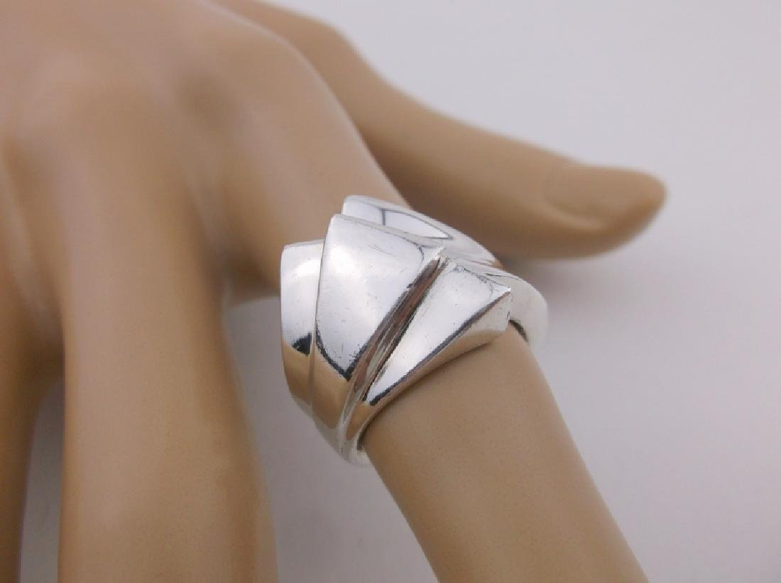 Gorgeous Heavy Sterling Silver Design Ring 7