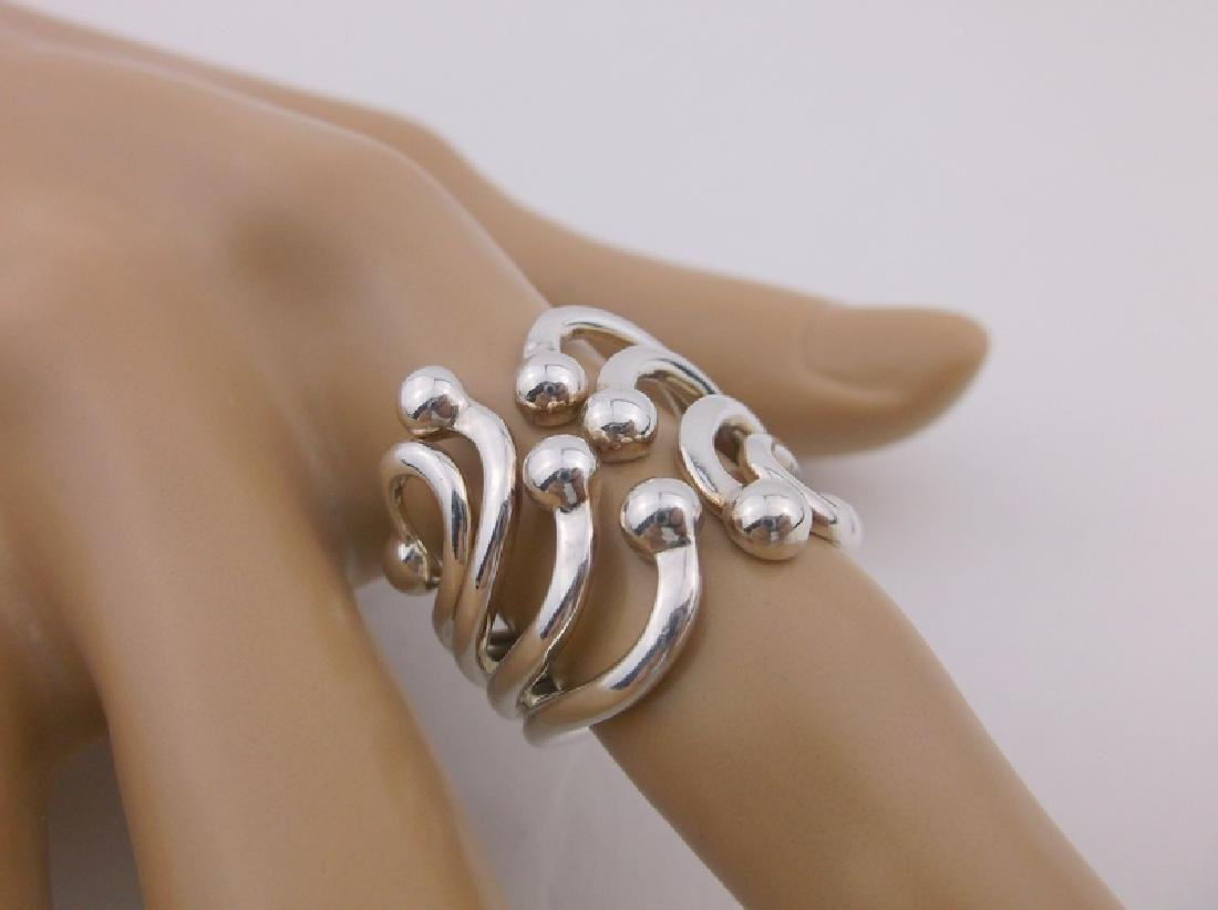 Stunning Sterling Silver ornate Design Ring 7