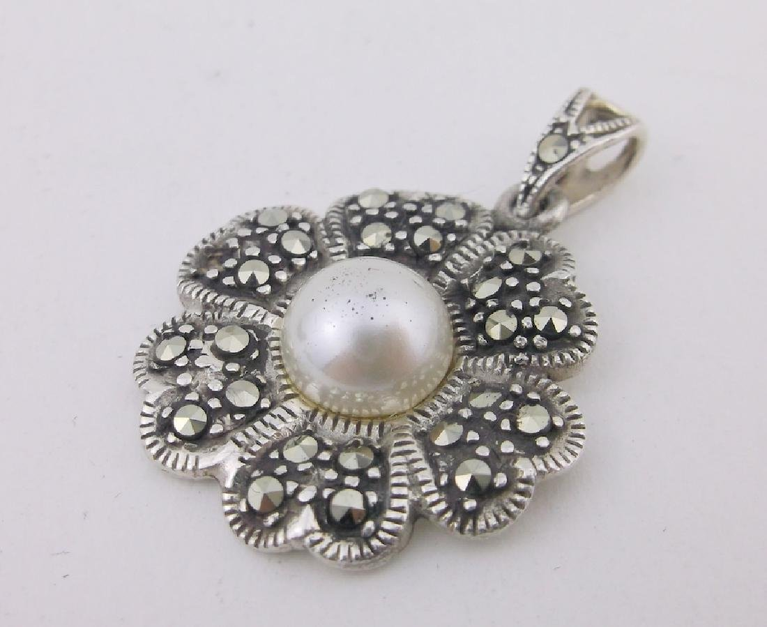 Stunning Sterling Silver Marcasite Pendant