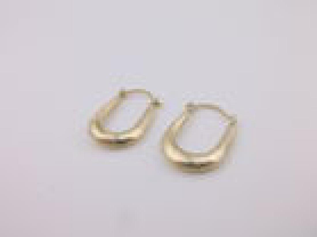 Beautiful 10kt Gold Drop Earrings