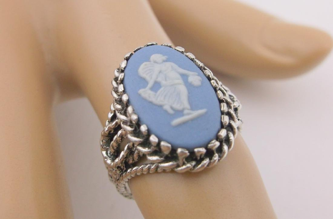 Vint Wedgewood Sterling Silver Cameo Ring 6 Stunning