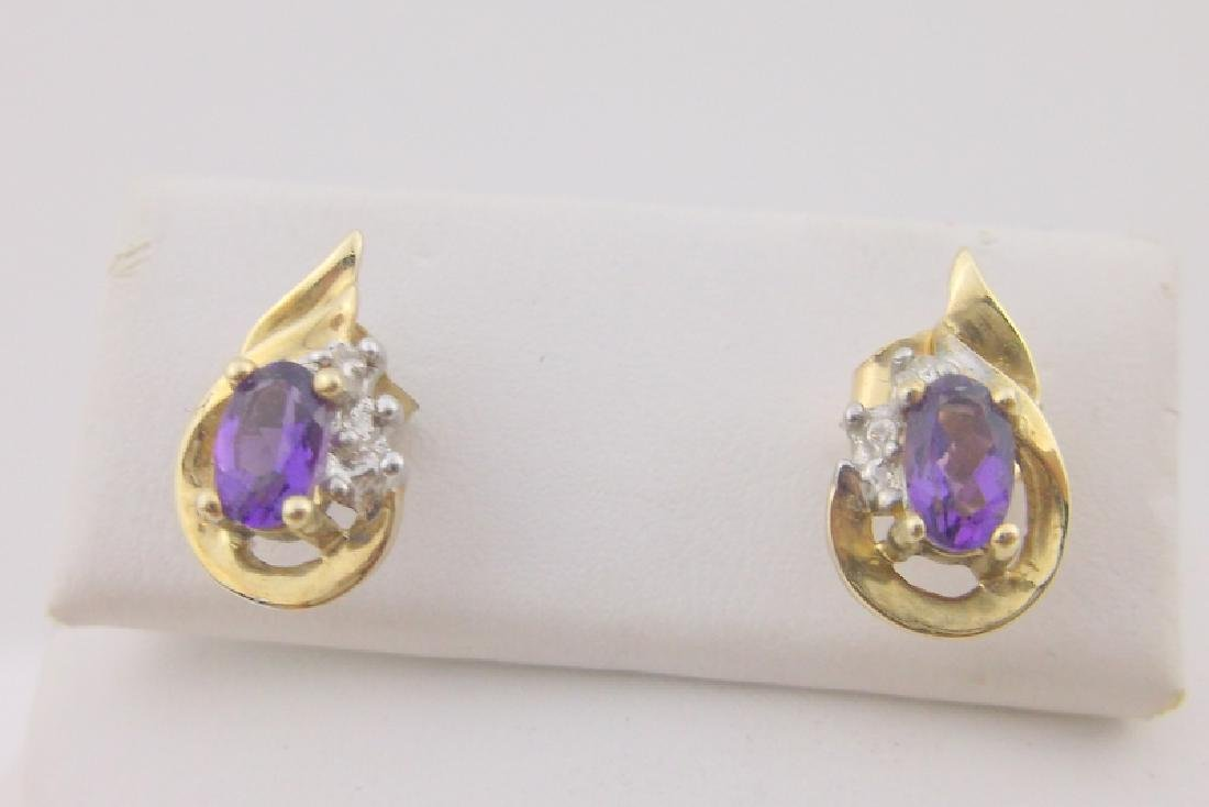 Stunning 10kt Gold Amethyst Diamond Stud Earrings