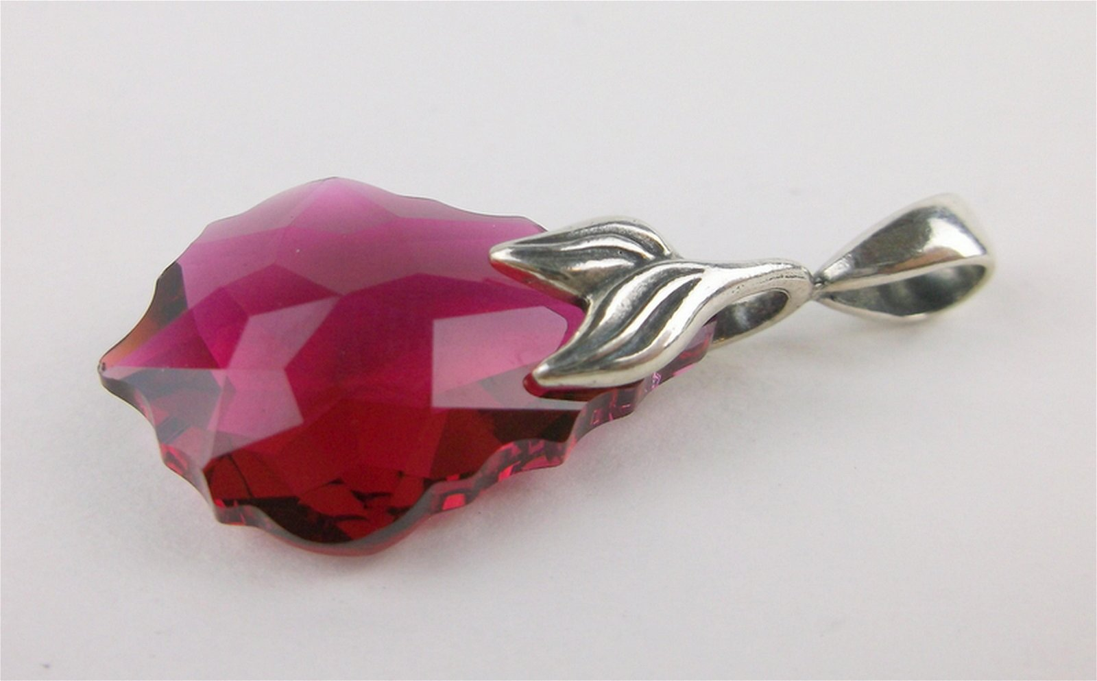 Stunning Sterling Silver Ruby Red Crystal Pendant