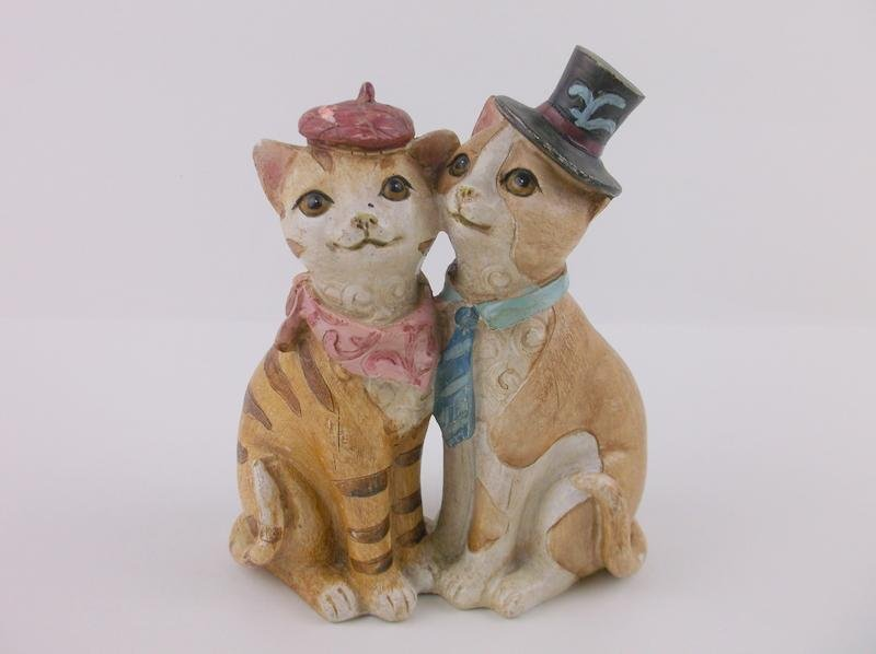 Gorgeous French Kitties Cat Sculpture