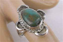 Gorgeous Antique Navajo Sterling Silver Turquoise Ring
