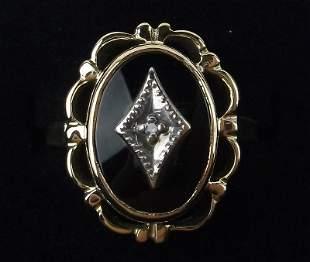 Stunning Antique 1950s 10kt Gold Diamond Onyx Ring 6