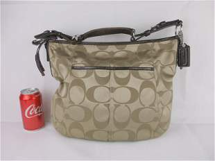 Gorgeous Coach Leather Canvas Handbag Purse