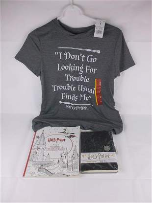 New NWT Harry Potter Coloring book Journal Shirt S