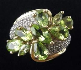 New Boxed 10kt Gold Diamond Peridot Ring Size 5.5