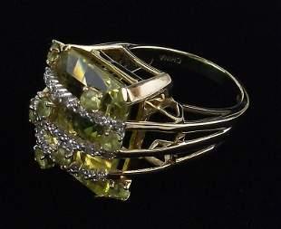 New Boxed Heavy 10kt Gold Peridot Ring Size 6