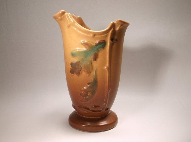 Nice Antique Weller Pottery Oak Leaf Vase