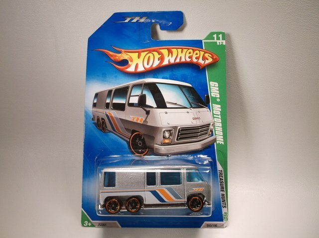 Hot Wheels Treasure Hunt GMC Motorhome MOC