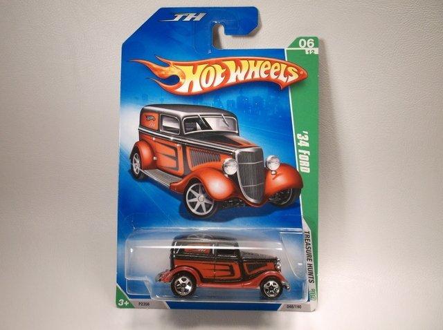 Hot Wheels Treasure Hunt 34 Ford MOC