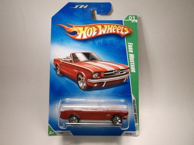 Hot Wheels Treasure Hunt Ford Mustang MOC