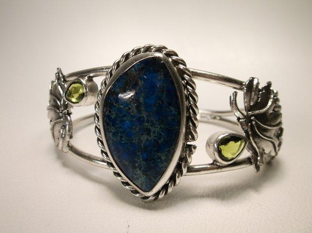 Gorgeous Sterling Silver Lapis Peridot Cuff Bracelet