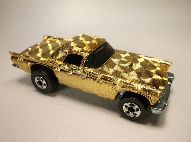 Nice Vintage Hot Wheels Gold Swirl T-Bird Car