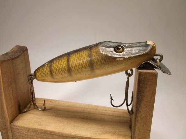 Antique Wood Fishing Lure