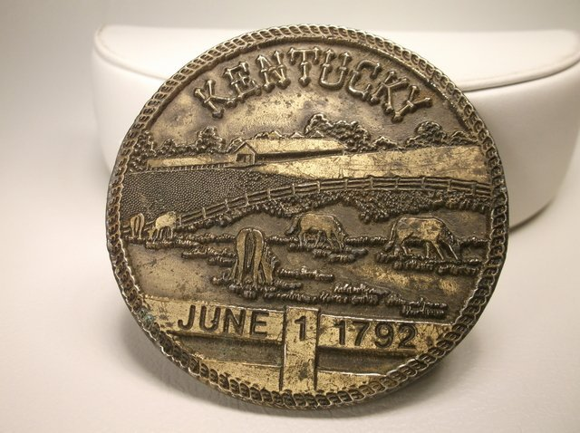Nice 1972 Vintage Kentucky Belt Buckle
