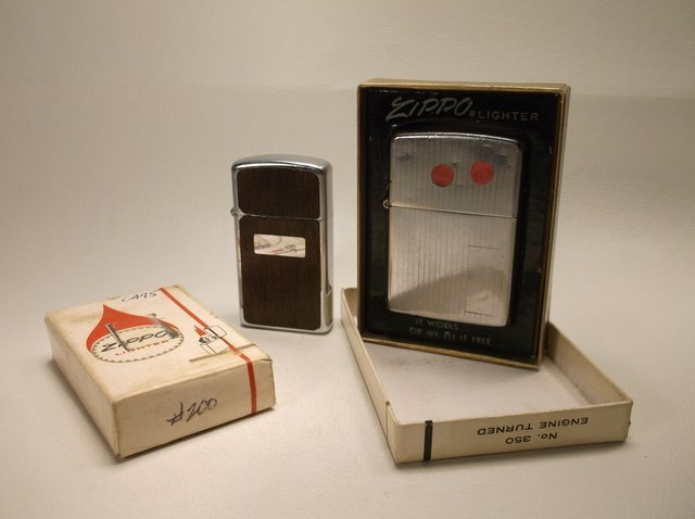 2 Vintage Zippo Lighters With Boxes