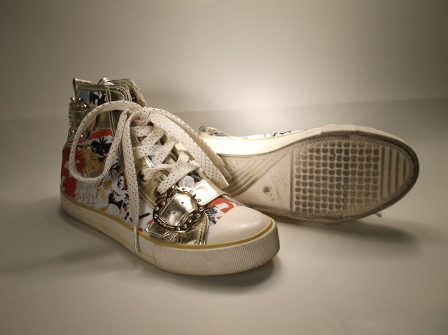 Nice Womens Apple Bottoms Shoes 7 Chucks Style - 5