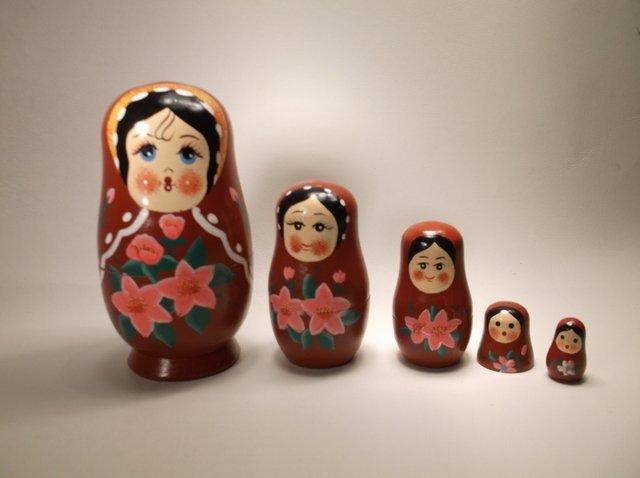 Antique Russian Nesting Dolls Set