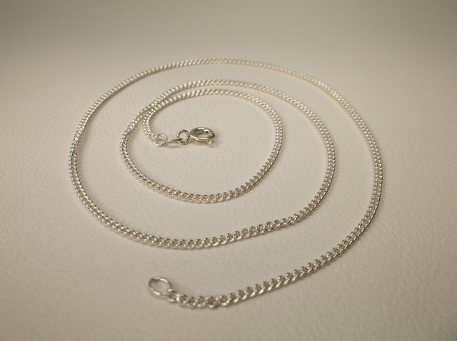 Gorgeous Sterling Silver Chain Necklace 20""
