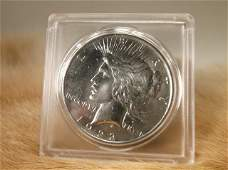 1922 D US Silver Peace Dollar