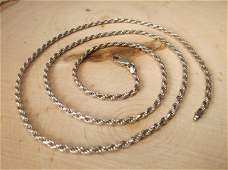 Gorgeous Heavy Sterling Silver Chain Necklace 24