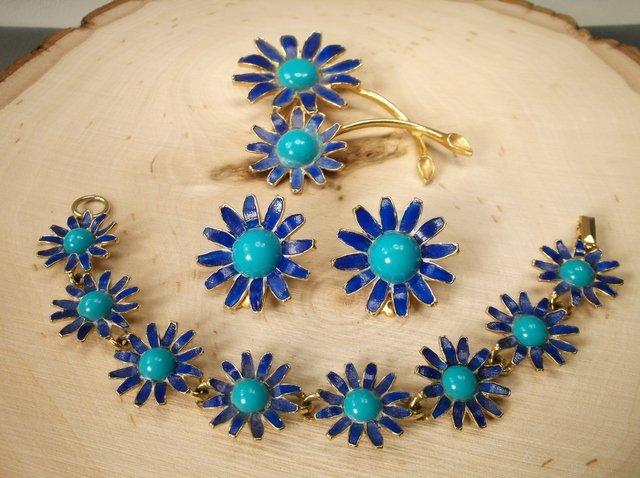 Gorgeous Antique Weiss Bracelet Brooch Earrings Set