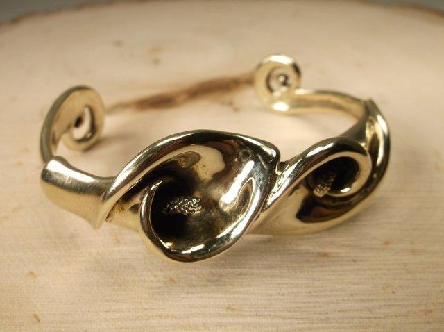 Rare Gavan Riley 14kt Gold Tulip Cuff Bracelet 50.5g