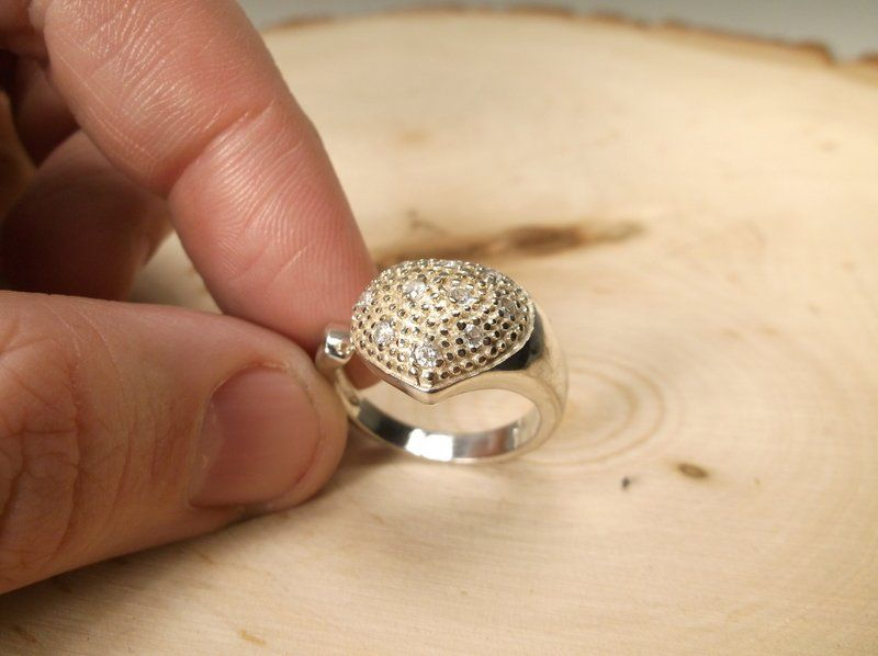 Gorgeous Sterling Silver Ring 8