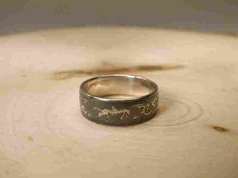 Beautiful Antique Sterling Silver Siam Ring 7