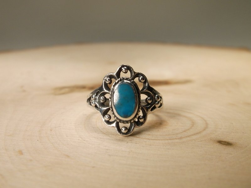 Gorgeous Sterling Silver Turquoise Ring 6