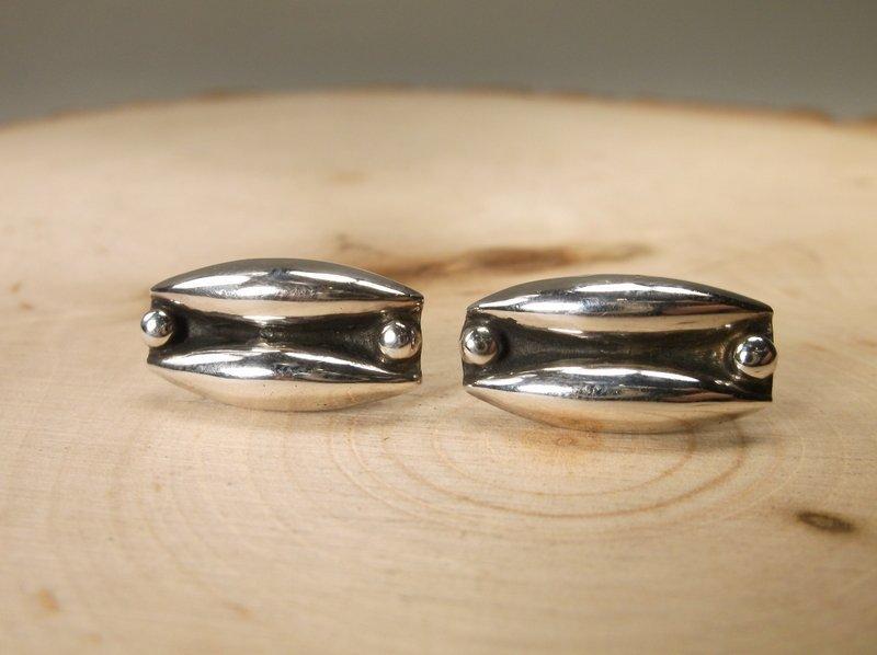 Gorgeous Taxco Sterling Silver Earrings JA-32
