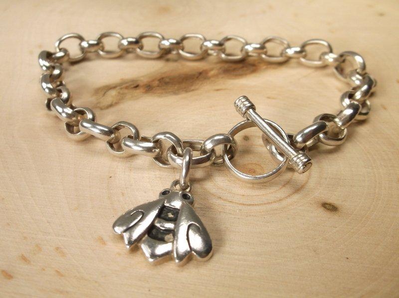 Gorgeous Sterling Silver Bee Chain Bracelet Heavy