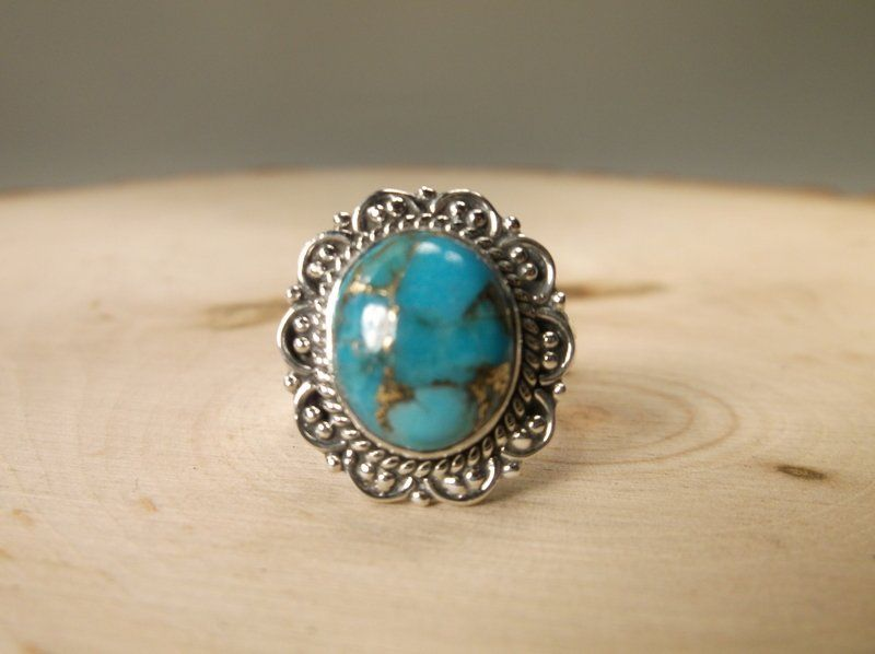 Gorgeous Sterling Silver Turquoise Ring 7.5