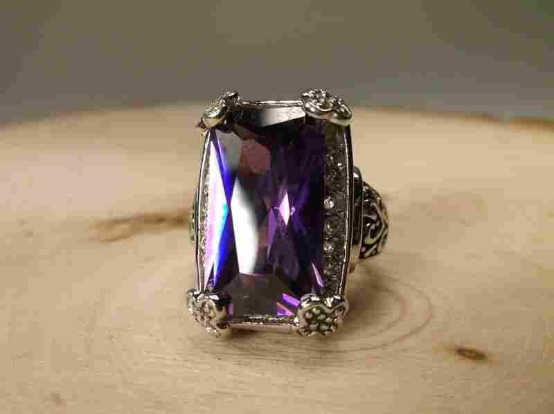 Stunning Purple Stone Ring 9.5