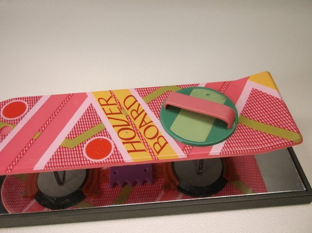 "Back To The Future Hover Board Display 6"" - 2"